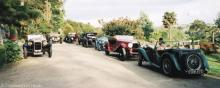 Tailored services for your wedding: vintage cars, carriages, etc.
